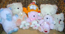 This familly od teddy bears and cuddly toys are available for you to send as gifts. Click the picture to enlarge it.